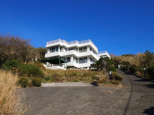 秋谷|戸建|65000万円『海を見下ろす多目的スペース』