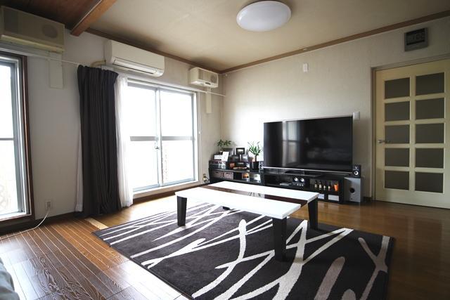 湘南ライフタウン駒寄第一人気の3階です。