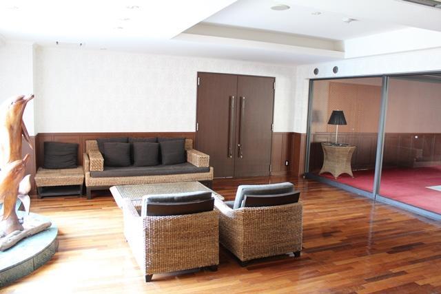 葉山町一色|マンション|2980万円|丘の上の最上階角部屋