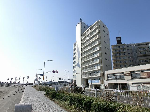 ご成約となりました!!小田急線「片瀬江ノ島」駅徒歩3分!海見えます!!海目の前です!!!リノベーションマンション