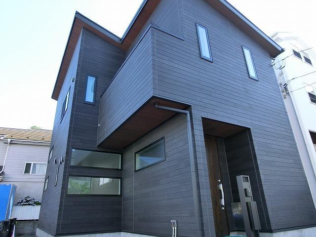 とってもオシャレな新築戸建て♪鵠沼海岸徒歩12分、東海岸2丁目4,998万円カーポート付!