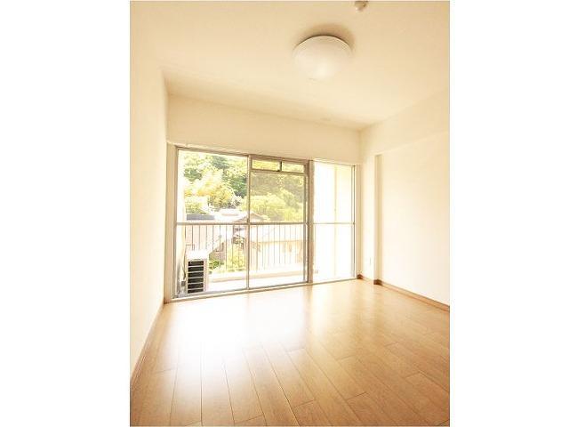 鎌倉駅まで平坦徒歩圏内のマンション鎌倉雪ノ下マンション2LDK2,390万円です。